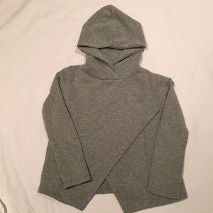 Girls 👧🏻 gray open front hoodie sweatshirt.
